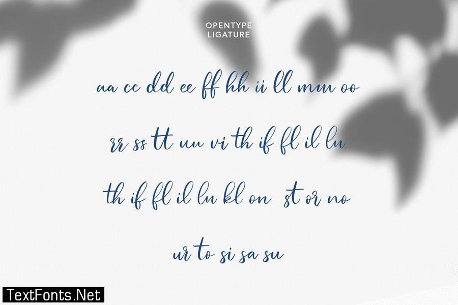 Jullysinty Beauty Script Font