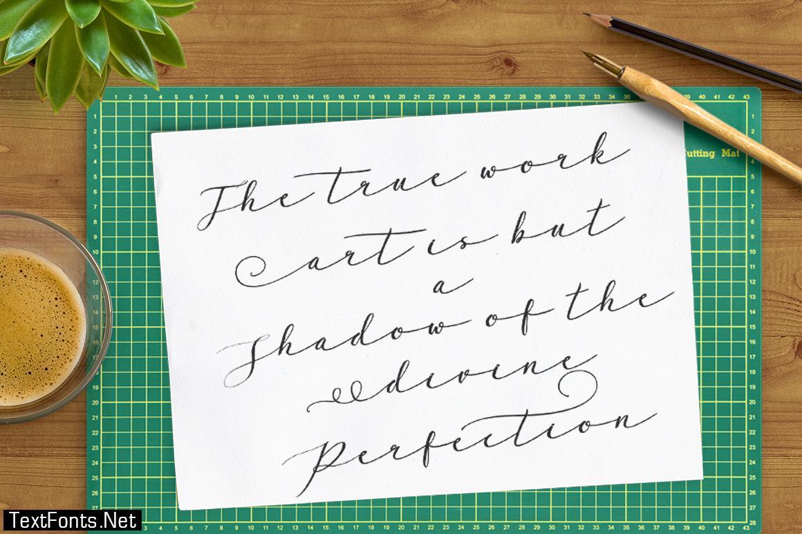 Lines Script Font